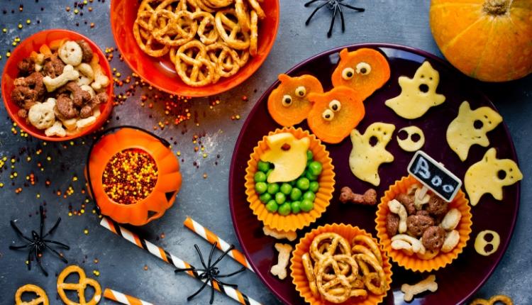 Come decorare la casa e la tavola per halloween big party planner - Decorare la tavola per carnevale ...